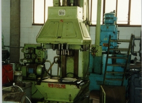 dealer Drilling machine BERARDI VB3 used