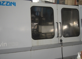 dealer Grinding Machine LIZZINI TWIN CNC used