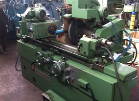 dealer Grinding Machine TACCHELLA  used