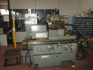 dealer Grinding Machine TACCHELLA 515 UA used