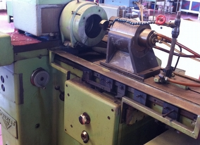 dealer Grinding Machine VOUMARD 3A used