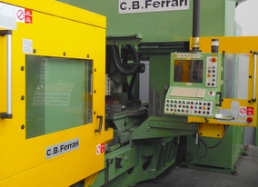 dealer Machining Centre CB FERRARI D21 used