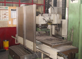 dealer Milling machine FIL FA 160 used