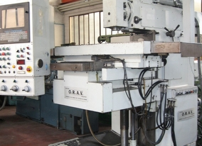 dealer Milling machine O.R.A.V LABIENA BMC 3S2 used