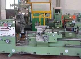 dealer Turning Machine TACCHI MT-BM 330 used